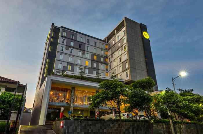 Loker Hotel Santika Jemursari Surabaya - MyRobin