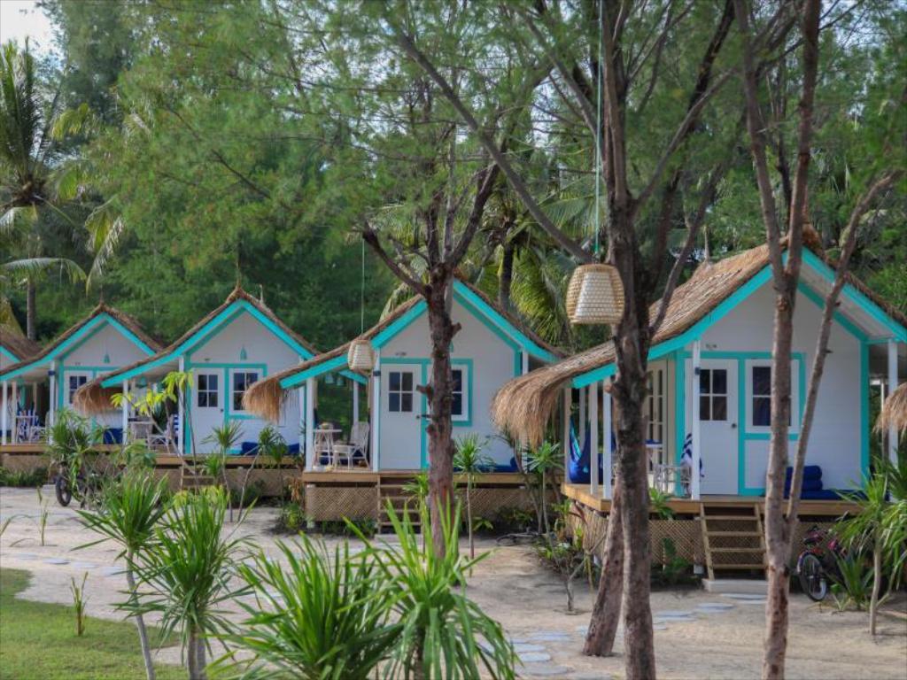 Loker Hotel November Le Pirate Hospitality Management Denpasar - MyRobin