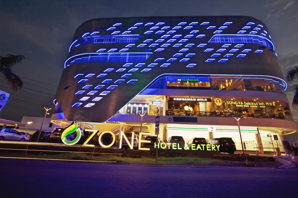 Loker hotel Desember 2019 Ozone Hotel Jakarta - MyRobin