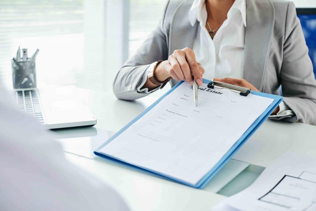 Perbedaan Karyawan Outsourcing Dan Karyawan Kontrak