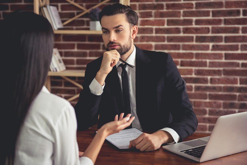 9. Jika Anda tidak mempunyai pengalaman dalam menghadapi pelanggan, mengapa Anda melamar pekerjaan ini?