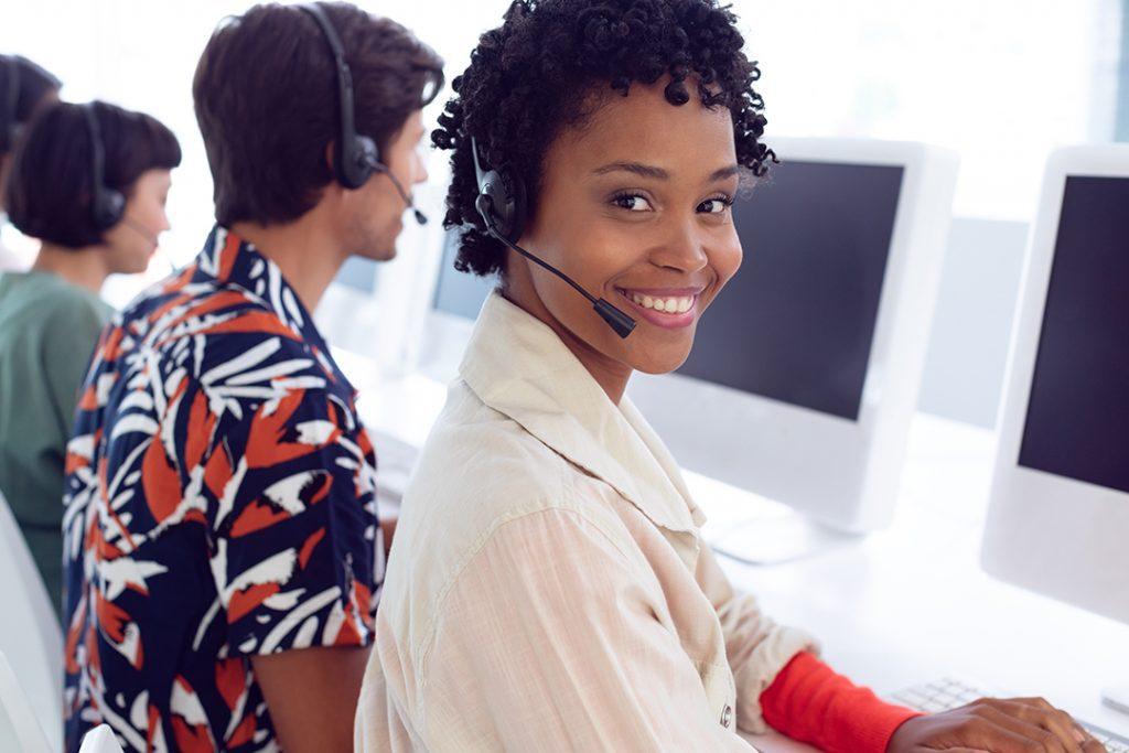 Customer service dan customer experience, apa perbedaannya?
