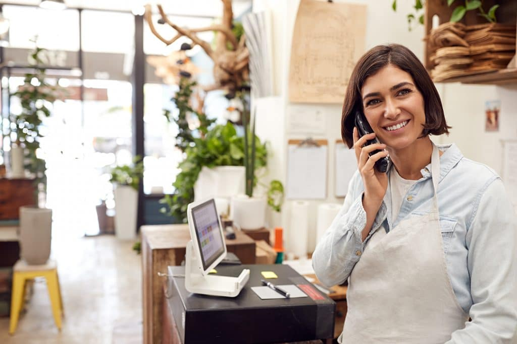Perbandingan Sales Orientation dengan Market Orientation