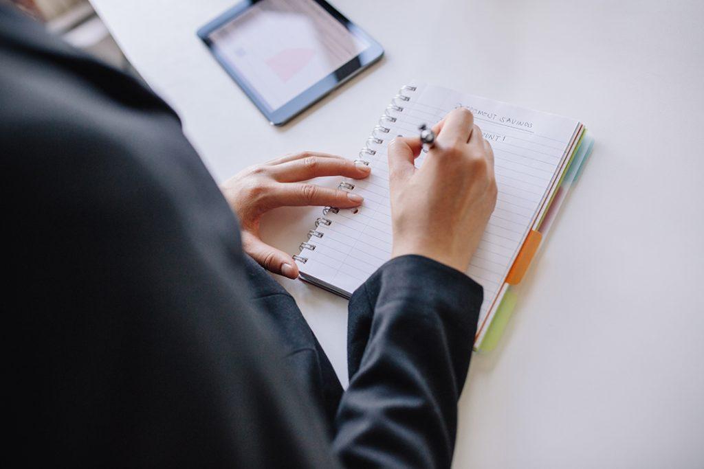 Perhatikan Tata Bahasa dalam melamar Kerja